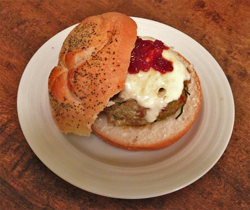 Sundried_Tomato_Pesto_Turkey_Burger